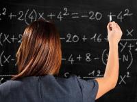 Рособрнадзор: почти половина учителей математики не справилась с заданиями по своему предмету