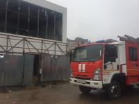 В строящемся здании на Большой Московской улице загорелась пена