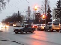 В Великом Новгороде задержан мужчина, ранивший отверткой другого водителя из-за спора за полосу движения