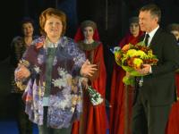 Елена Писарева поздравила авторов спектакля «Колокол и держава»