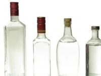 Медики предлагают приравнять возраст покупки алкоголя к возрасту права быть избранным