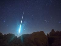 На этой неделе нас ждут два красивых астрономических события: метеорный поток и комета!
