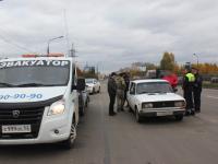 Новгородские водители незаконно припарковались на 2 млн 560 тыс. рублей