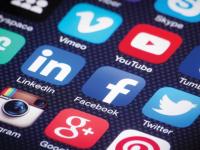 РБК: Кремль настоятельно рекомендует регионам назначить ответственных за соцсети
