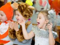 Новгородцам советуют не покупать новогодние костюмы с высокими каблуками и без отверстий для рта и носа