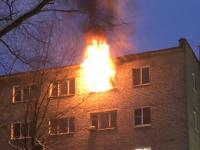 В Великом Новгороде горят две комнаты общежития на улице Ломоносова