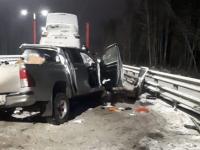 В Великом Новгороде мужчина проехал на красный, из-за чего пострадал пассажир