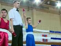 В Великом Новгороде вышли на ринг 100 боксеров