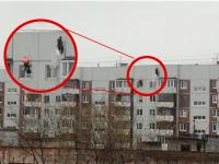 В Великом Новгороде жители девятиэтажки наняли альпинистов, чтобы не мерзнуть