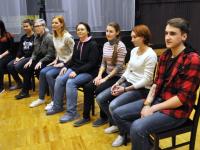 Зимний волонтерский призыв в театре «Малый»: от шпионов до единорога