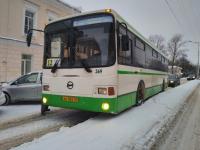 Мэр Великого Новгорода Сергей Бусурин проверил, как убирают снег