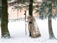 Новгородский Дед Трескун обогнал ярославского Мороза Воеводу