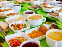 Опрос: собираете ли вы своим детям обеды в школу?
