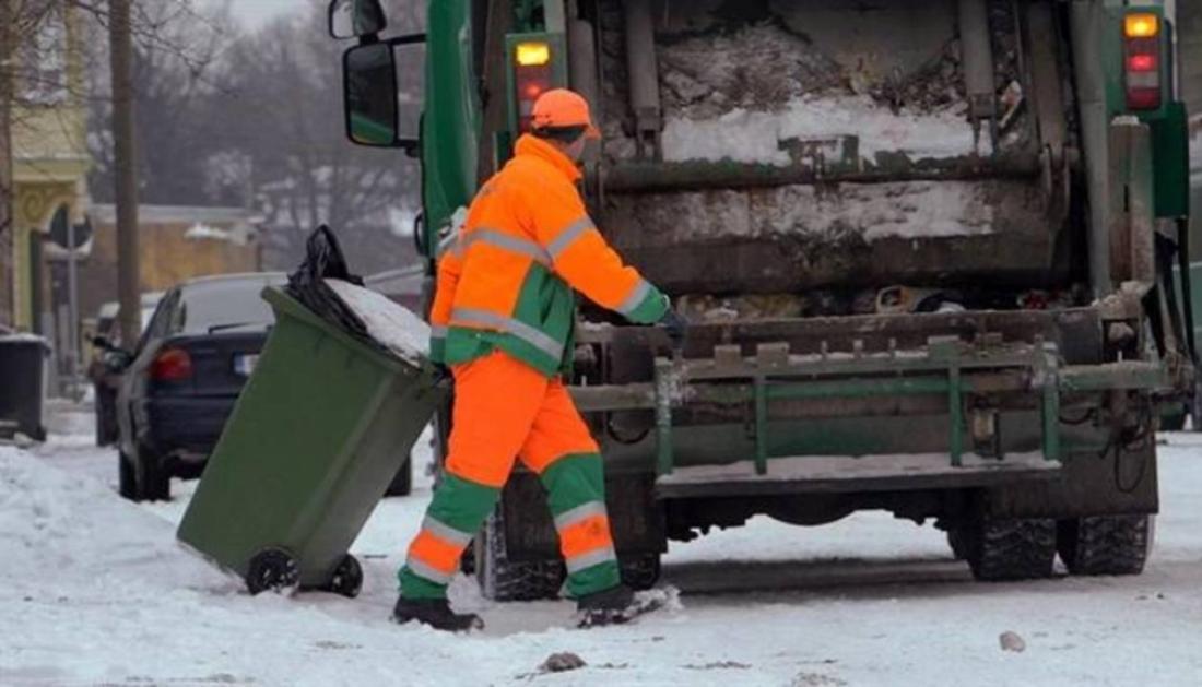 Новгородских работников ЖКХ искренне поблагодарили за нелегкий труд