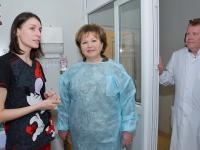 Елена Писарева обсудила вопросы улучшения демографии с главврачом областного роддома