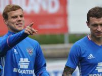Кокорин и Мамаев готовятся к переезду в футбольный клуб из Рязани