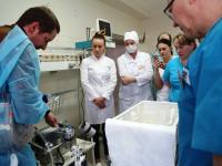Новгородские врачи осваивают сложную и спасительную технологию ЭКМО