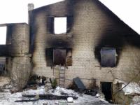 Погибшего в Шимском районе нашли только спустя 13 часов после начала пожара