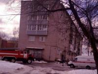 В Чудове эвакуировали жильцов многоквартирного дома из-за сообщения о минировании