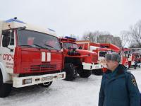 В Новгородской области руководитель ГУ МЧС лично проверил громкоговорители и автомобили
