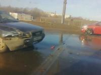 Видео: произошла еще одна авария на Колмовском мосту