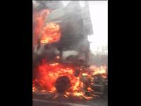 Огонь охватил водяные станции в грузовике на М-10 в Валдайском районе