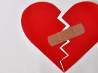 Любовь новгородца к супруге-нарушительнице умерла под громадной горой штрафов от ГИБДД