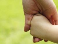 Новгородская областная Дума поддержала инициативу о возобновлении индексаций пенсий для приемных родителей