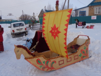 Новгородцев приглашают поучаствовать в «Параде санок» и залезть на масленичный столб
