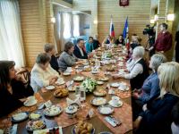 Образование стало главной темой 8-мартовской встречи в Шарматове