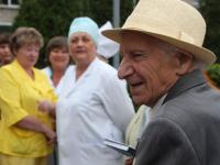 Столетний юбилей отметил новгородский врач, ветеран Великой Отечественной войны Мейер Лившиц