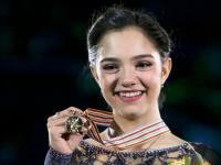 Наставник Евгении Медведевой рассказал, в какой стране она будет тренироваться