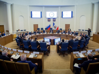 В Новгородской области построят завод по производству промышленного стекла