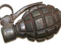 Житель Демянска разгуливал по поселку с боеспособной гранатой