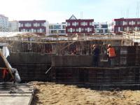 На стройплощадке в новгородских «Ивушках» начинают заливать стены будущего детсада