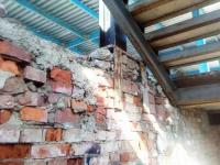 Неизвестный прислал общественнице фотографии разрушенной бани на Великой «изнутри»