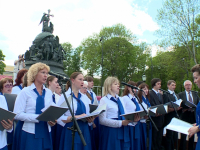 Полтысячи человек споют в сводном хоре Новгородчины у памятника «Тысячелетие России»