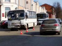 В ДТП у администрации в Боровичах пострадали две женщины