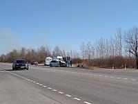 В страшном ДТП под Великим Новгородом погибли три человека. «Машина – в кашу»
