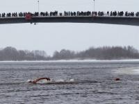 В Великом Новгороде моржи готовятся закрыть сезон
