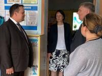 Губернатор Андрей Никитин неожиданно приехал в чудовские садик и школу