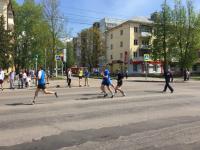 В Великом Новгороде легкоатлеты боролись за победу в эстафете ко Дню Победы