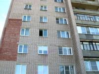 В Великом Новгороде ребенок выжил после падения с четвертого этажа и даже не получил серьезных травм