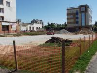 Парковка у поликлиники №2 в Великом Новгороде появится раньше срока