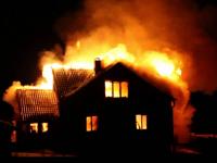 Пожарные Старорусского района спасли два дома за одну ночь