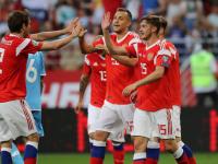 Сборная России по футболу одержала историческую победу
