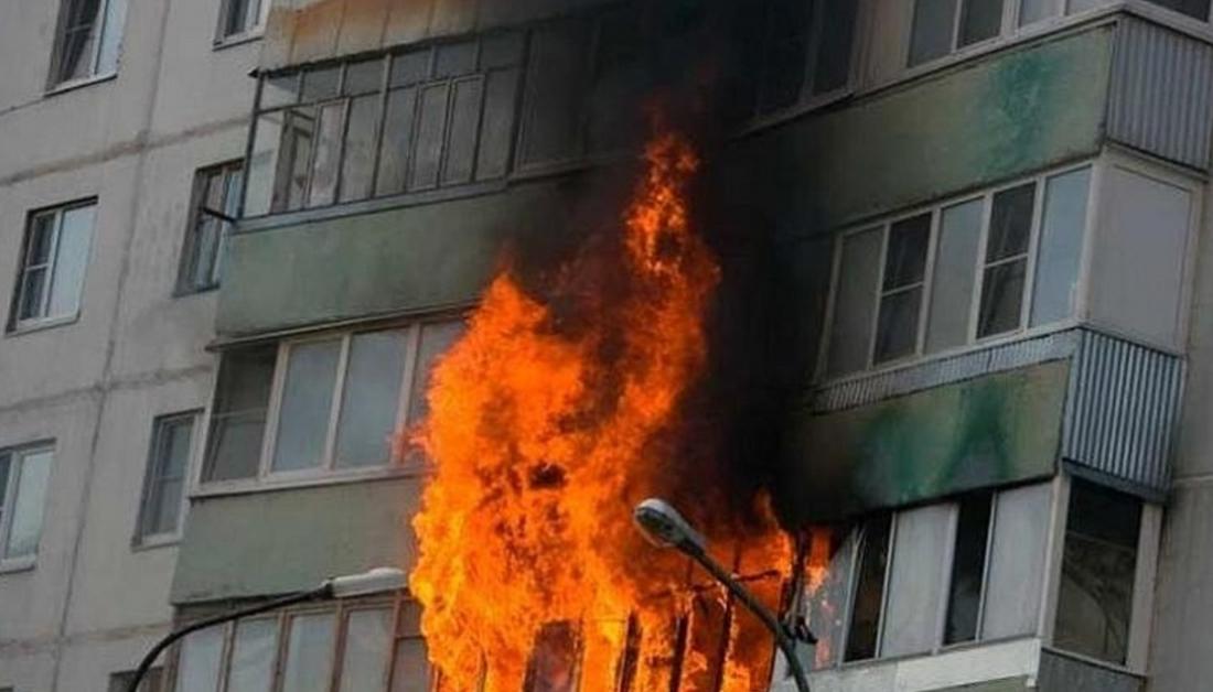 Пожилой новгородец погиб при пожаре на улице Зелинского