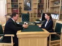 Андрей Никитин обсудил с Антониной Саволюк погашение долгов медучреждений