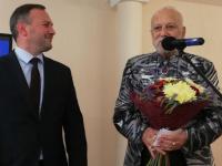 Бедроса Киркорова наградили почетным знаком «За заслуги перед Великим Новгородом»