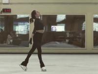 Евгения Медведева показала часть новой программы, хореографом которой стала Ше-Линн Бурн